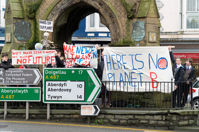 youth strike 4 climate machynlleth