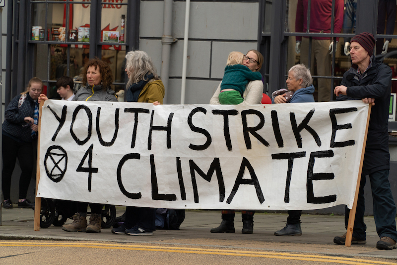 Youth Strike 4 Climate – Over 500 students strike in Aberystwyth and Machynlleth